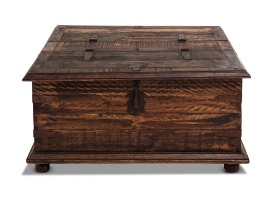 Rustic End Table Trunk Weir 39 S Furniture
